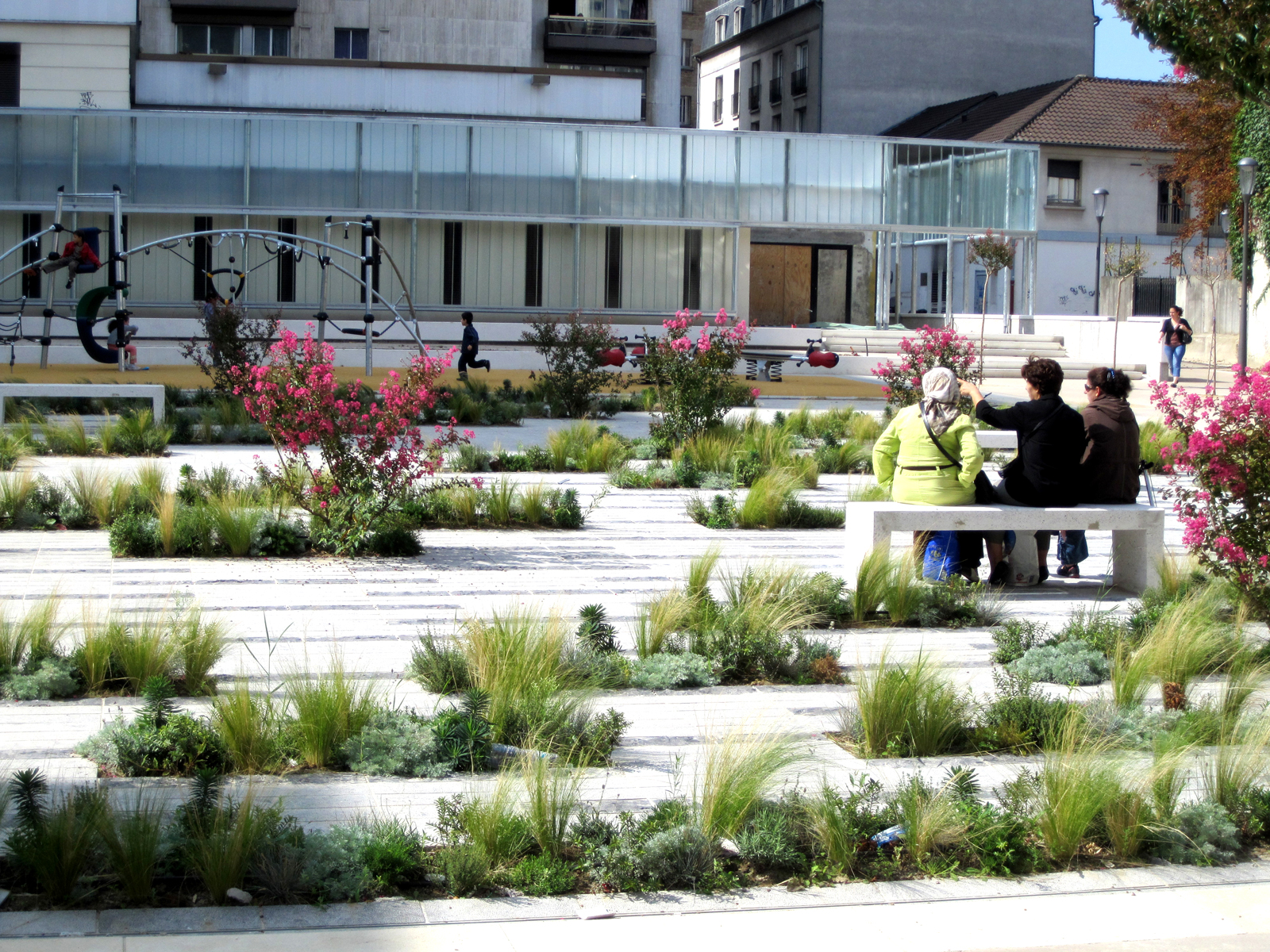 Entre Place Et Jardin Agence Babylone