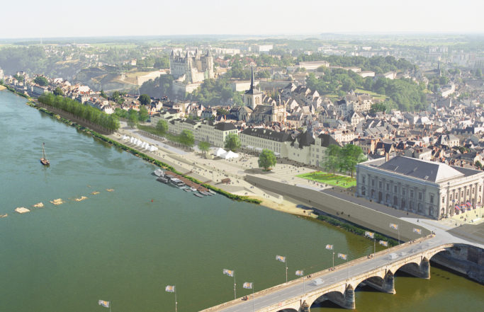 When Saumur rediscovers the Loire river